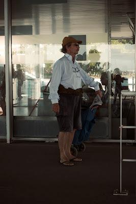 Tourist with three glasses