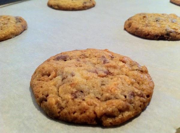 Honey Milk Chocolate Peanut Cookies Recipe