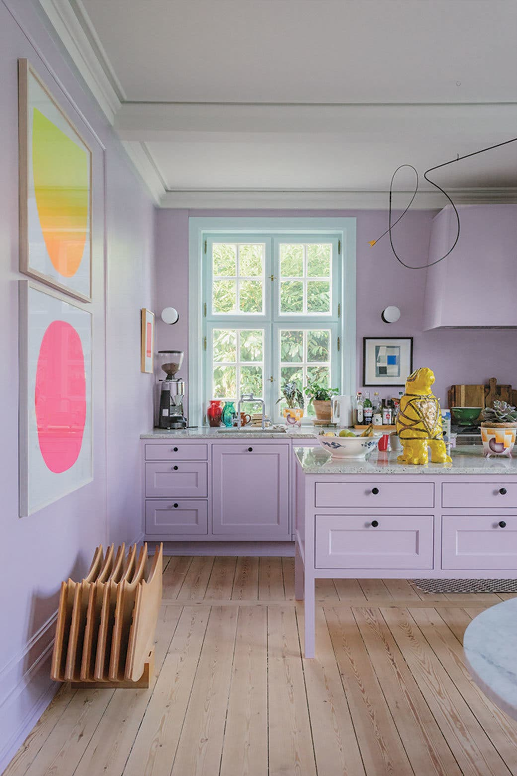 Color trends 2021: Millennial Purple furniture