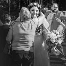 Wedding photographer Rae Moule (raemoule). Photo of 19.08.2015