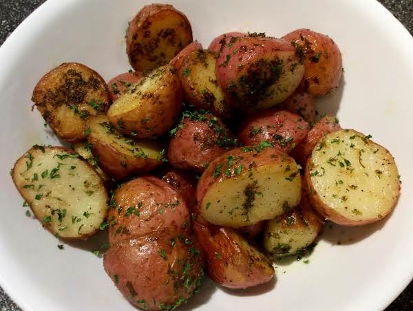Baby Potatoes With Parsley And Lemon Butter