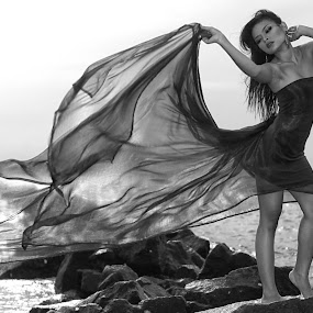 Fashion on the beach by Wee D'Santos - People Fashion ( model, fashion, portraits, people )
