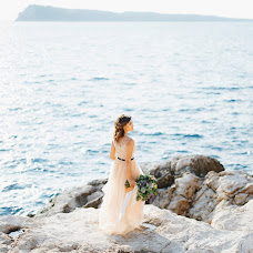 Wedding photographer Aleksandra Nadtochaya (alexnadtochaya). Photo of 24.05.2018