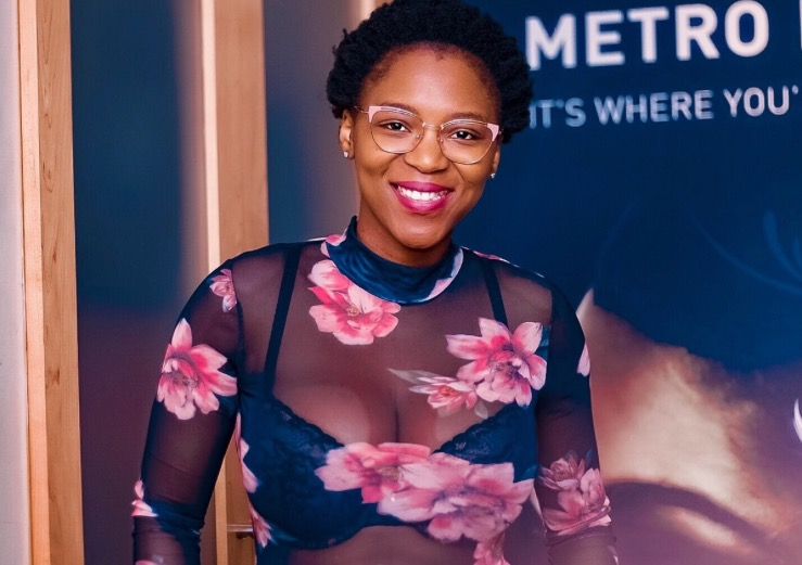 Dr Viwe Mtwesi has appealed to women to support each other. 'Women must let other women be. How I dress is no one's business and it doesn't make me less of a doctor,' she said after being criticised for wearing this outfit.