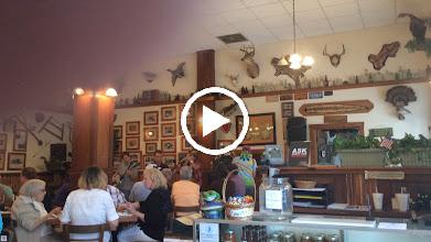 Video: Bluegrass with dinner !