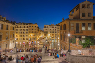 Photo: The busy Piazza Spagna at night, Rome, Italy