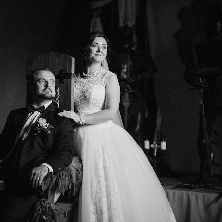 Wedding photographer Orosz Bálint (OroszBalint). Photo of 15.11.2017