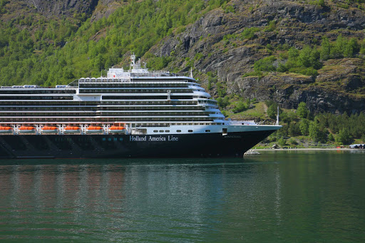 koningsdam-exterior10.jpg -  Koningsdam sails the Caribbean in winter and the Mediterranean from spring to fall.