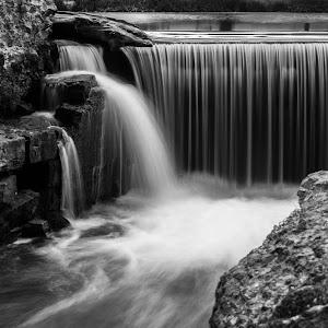 Dam cascade.jpg
