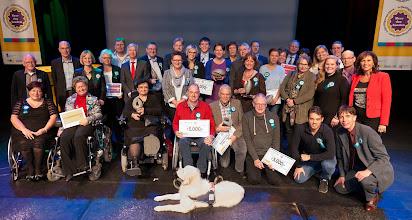 Photo: Groepsfoto winnaars Meer dan Handen vrijwilligersprijzen 2014 Foto door http://ruudvandergraaf.nl/