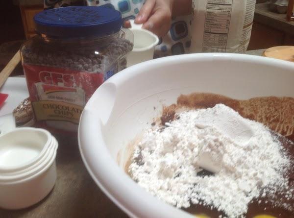 Add flour salt & baking powder to a small bowl then stir to blend....