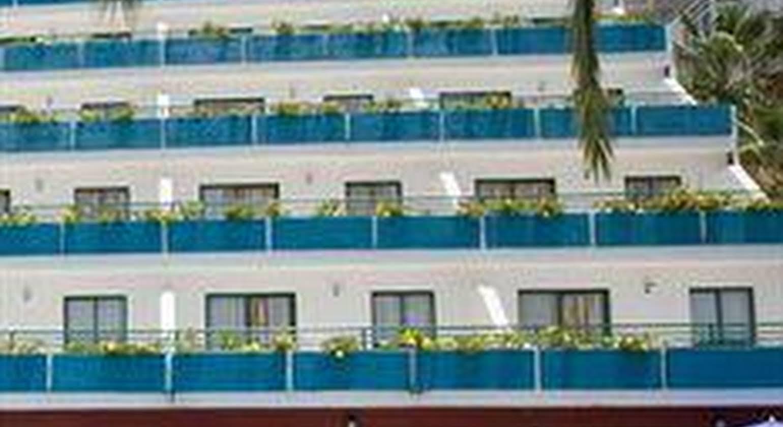 Apartamentos Palmera Mar