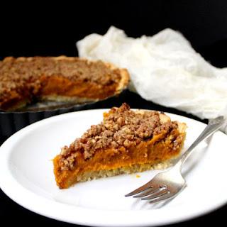 Vegan Pumpkin Praline Tart, gluten-free and with no added fats.