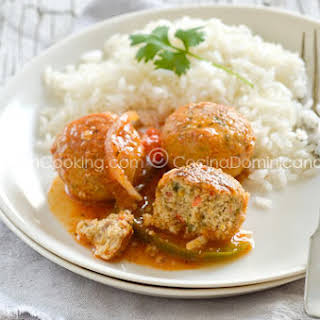 Albondigas de Pescado Recipe (Fish Balls in Tomato Sauce).