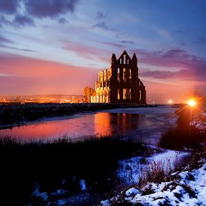 arch whitby abbey 2.jpg