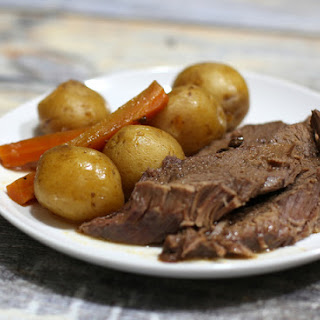 Fast and Easy Slow Cooker Pot Roast Meal