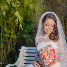 Wedding photographer Thais Teves (ThaisTeves). Photo of 11.12.2017