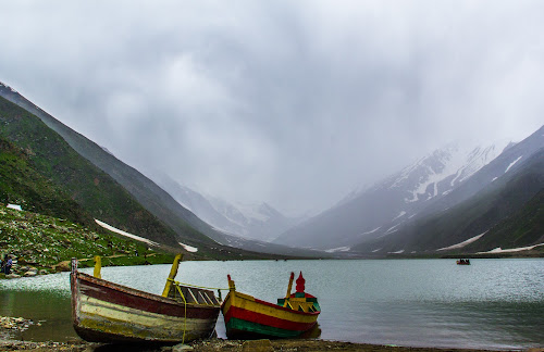 by Umair Khan - Landscapes Weather ( pwcfoulweather-dq,  )