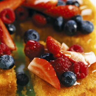 Italian Gateau with Mixed Fruit