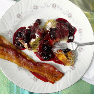 Oven-puffed French Toast w/ Blueberry Lemon Sauce