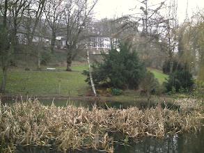 Photo: Anno 2005: Der Hagener Sumpf vor der Parkhaus-Kulisse.