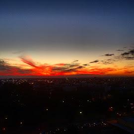 Sunset by Doug MacAskill - Novices Only Landscapes ( sky, sunset, australia, travel, city )