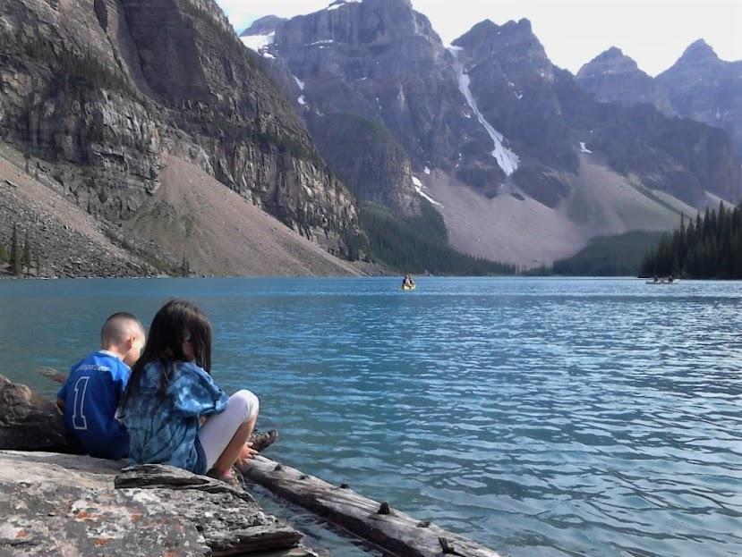 Vivir y trabajar en Estados Unidos y Europa te lleva a conocer paisajes impresionantes como el Parque Nacional Banff de Canadá