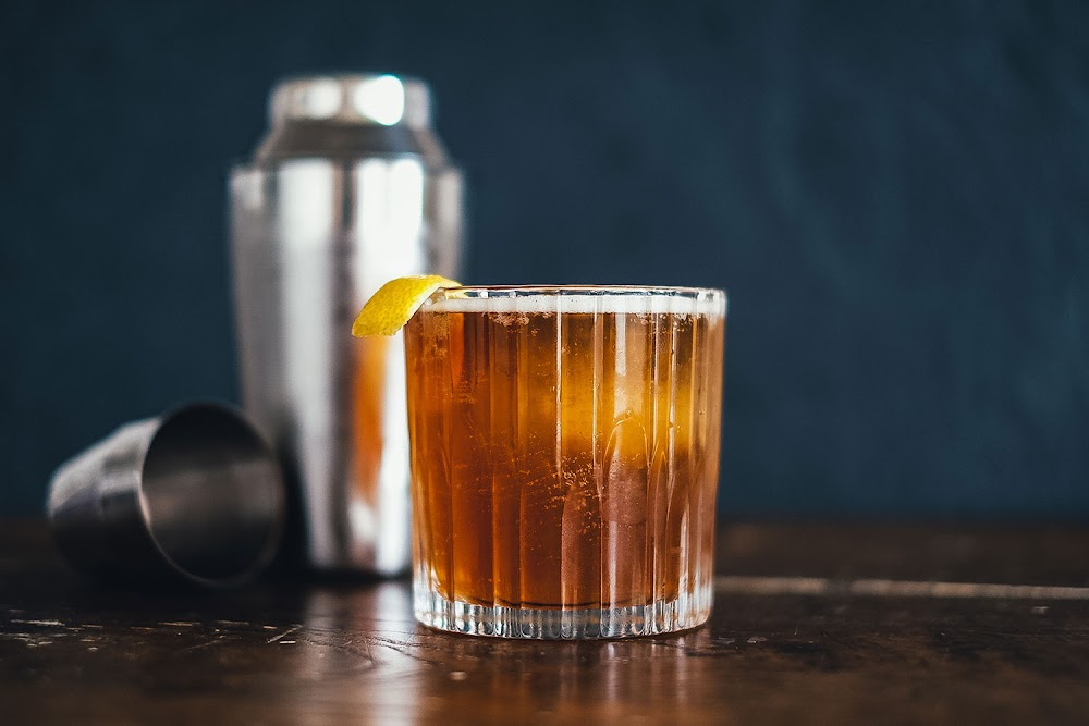 easy-diy-cocktails_rum_sour