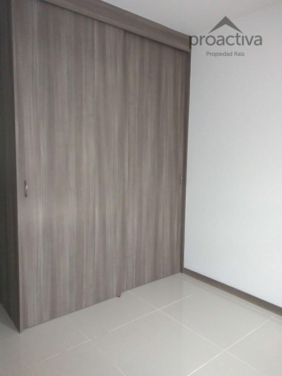 apartamento en arriendo san german 497-7222