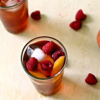 Raspberry Peach Iced Tea Cocktail