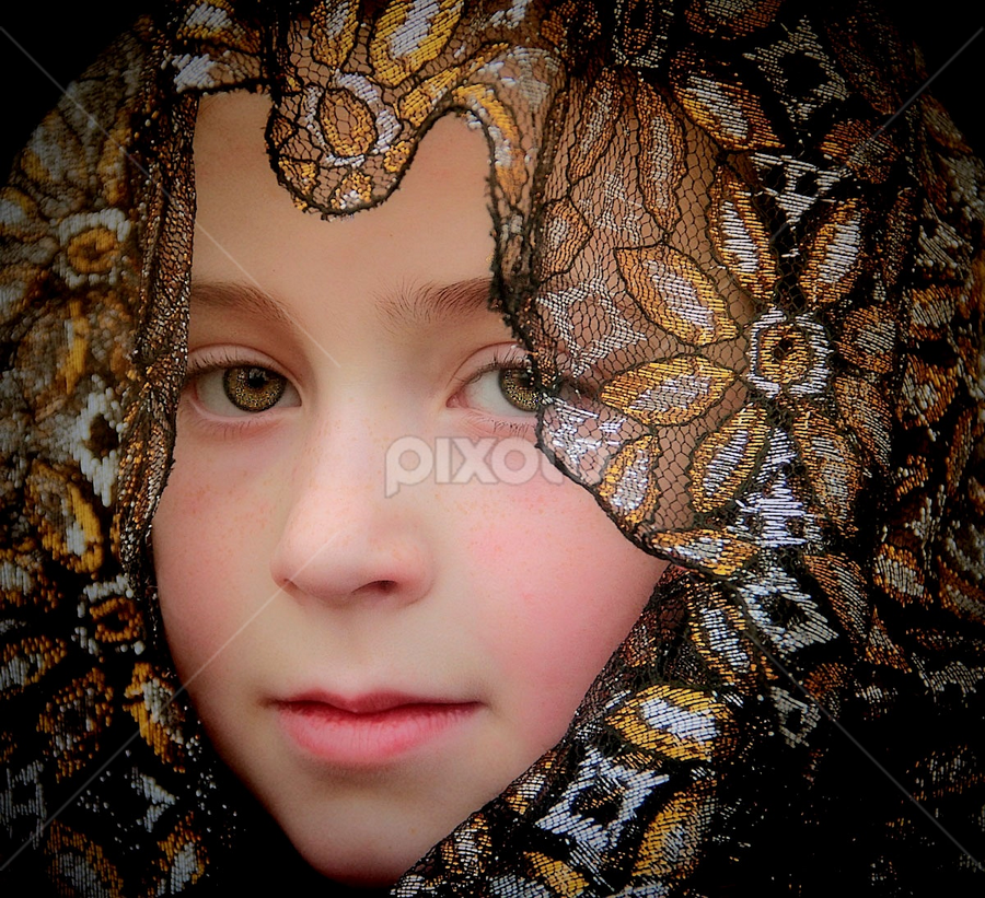 by Sandy Considine - Babies & Children Child Portraits