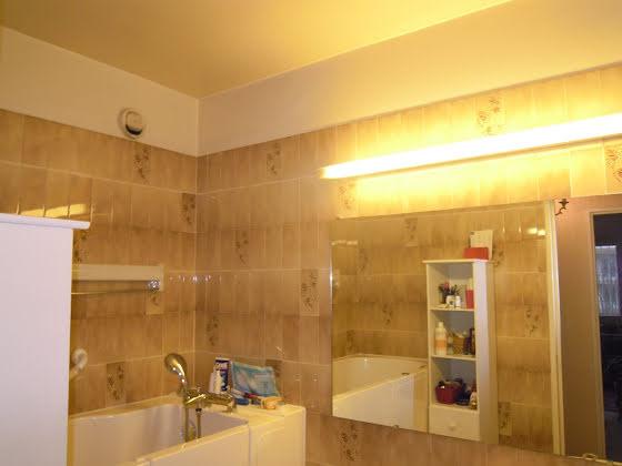 Location appartement 3 pièces 66 m2