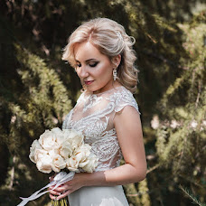 Wedding photographer Olesya Reshetnikova (kalumbula). Photo of 25.10.2017