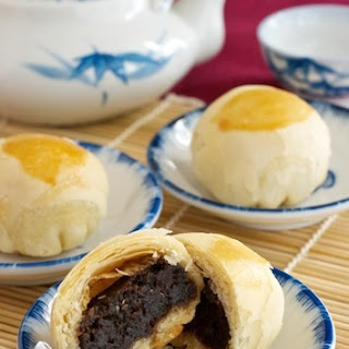 Date & Red Bean Moon Cakes.