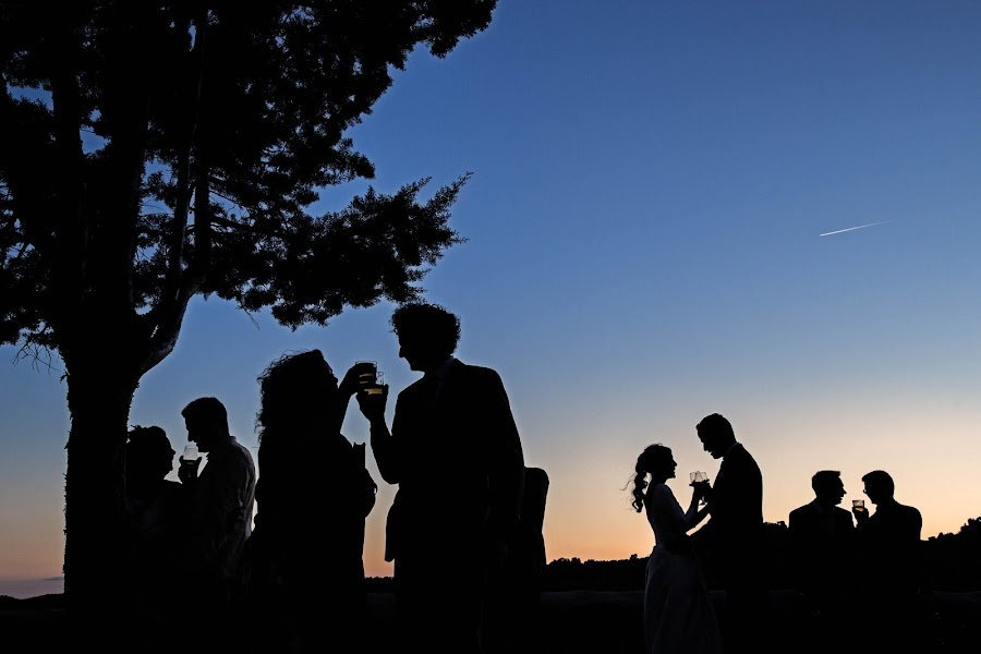 Wedding photographer Rafa Martell (fotoalpunto). Photo of 09.05.2016