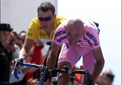 Uitgerekend op verjaardag: na overhandiging door Cassani is Ventoux-fiets van Pantani echt weer 'thuis'