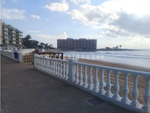 Los Locos Beach Apartment: Los Locos Beach Apartment for sale