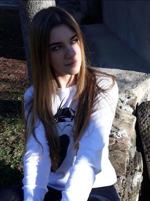 With the sun di Monni