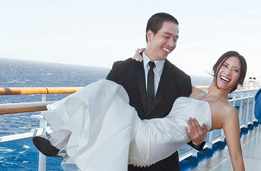 Thinking of a wedding at sea? Princess Cruises and other cruise lines offer everything from a Wedding Ceremony to a Renewal of Vows Ceremony or Commitment Ceremony.