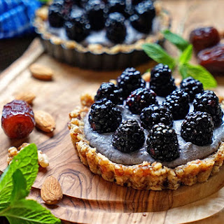 No Bake Blackberry Tarts with Blueberry Cashew Cream.