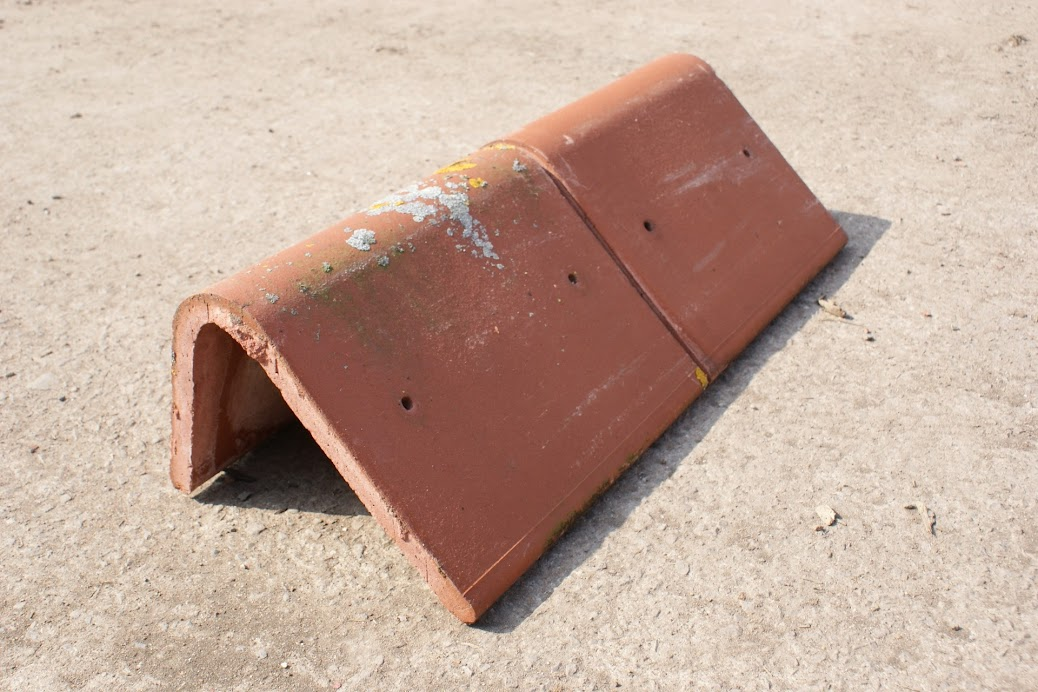 Reclaimed Red Mono Pitch Ridge Roof Tile Clay Angled
