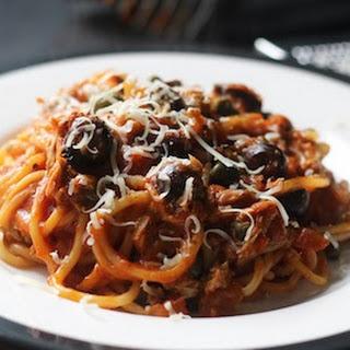 Simple Tuna Puttanesca Spaghetti. Recipe