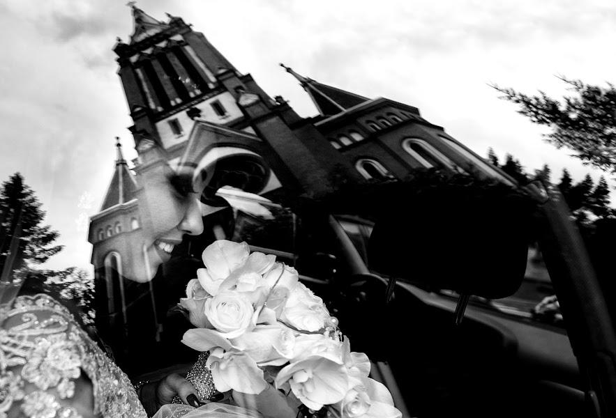 Wedding photographer Sabina Mladin (sabina). Photo of 11.10.2015