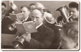 Photo: Orkiestra OSP Kolno - Modzelewski Stanisław na pierwszym planie