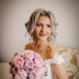Happy bride by Klaudia Klu - Wedding Bride