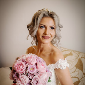 Happy bride by Klaudia Klu - Wedding Bride