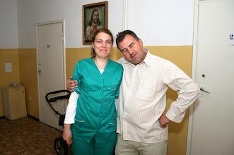 Photo: Siostra pełna miłosierdzia dla pacjentów