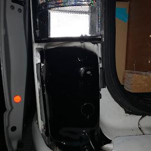 ハイエースバン  のカスタム事例画像 白箱〈箱車會〉さんの2020年10月08日00:10の投稿