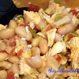 CROCK POT WHITE BEANS AND CHICKEN – LIGHT