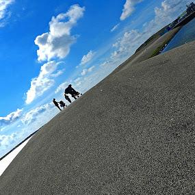 The road taken........ by Vivek Suryanarayana - Landscapes Travel